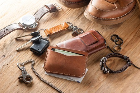 Leather goods and saddlery: leather industry - Suteau-Anver