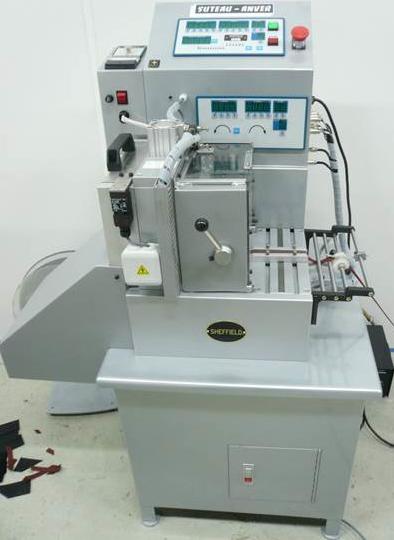 Découpe à longueur en automatique pour les matières rouleaux et galettes