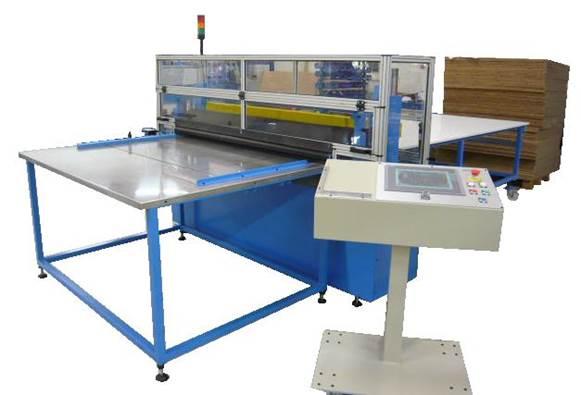 Massicot automatique avec système d'avance pour découpe matières souples